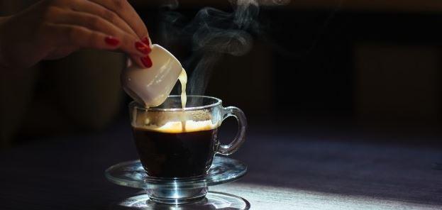 gecondenseerde melk koffie